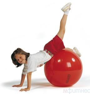 упражнения  для детей - фитбол
